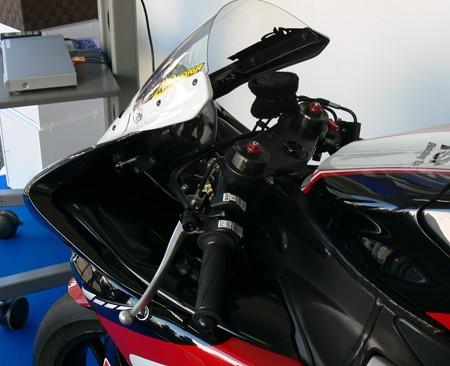 111 2013 1 中須賀克行 Katsuyuki Nakasuga ヤマハYSPレーシングチーム YZF-R1 P1290937