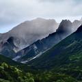 写真: 上ホロカメットク山の威容