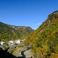 Photos: 紅葉に染まる層雲峡 その4