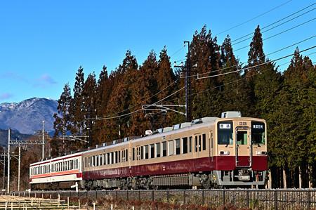 東武鉄道6050系リバイバル塗装