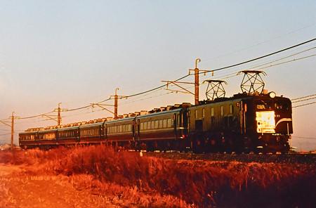 EF58 89牽引14系客車成田山初詣臨