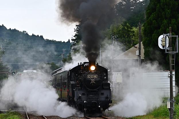 Photos: SLもおか号市塙発車