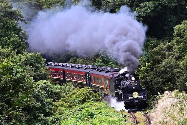 慶徳峠に挑むC57 180