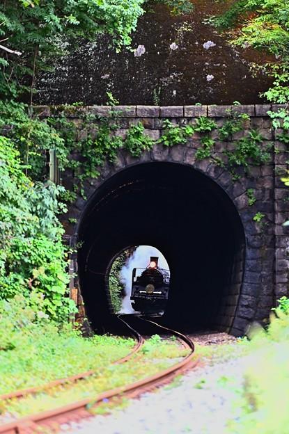 C57 180トンネル抜き@陣ケ峰トンネル