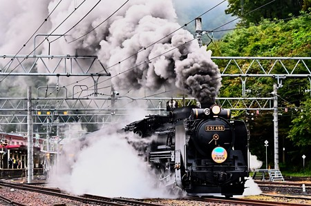 D51 498+旧型客車 SLぐんまみなかみ号水上発車