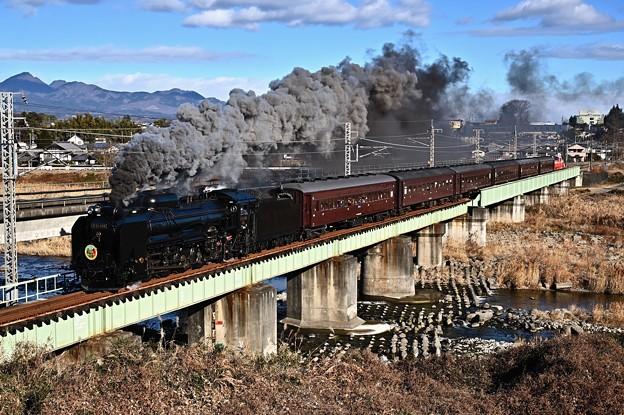 Photos: D51 498+旧型客車SLぐんまよこかわ