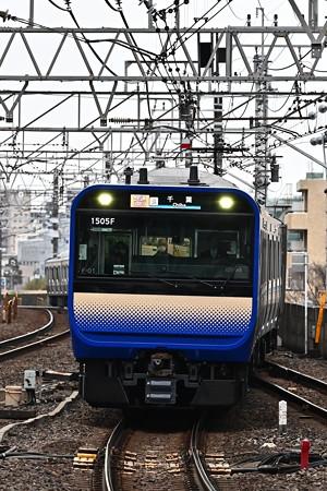 総武快速線E235系1000番台F-01編成
