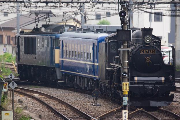 C57-180 高崎機関区入場 その四