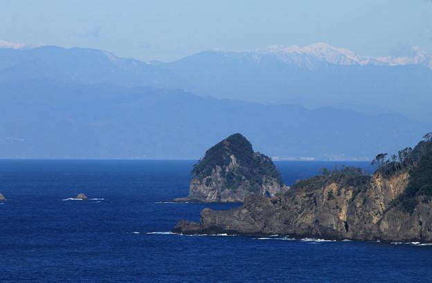 写真: 奇岩