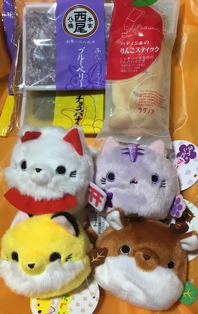 友人と新宿でジュラシックワールド観てきた! まさかだんごシリーズに鹿さんと狐があるとは…即買いしたー!可愛い~(*´∀`*)