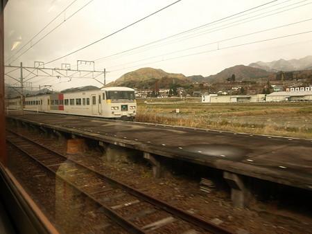 185系(後閑駅)