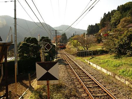201系青梅線(軍畑駅)