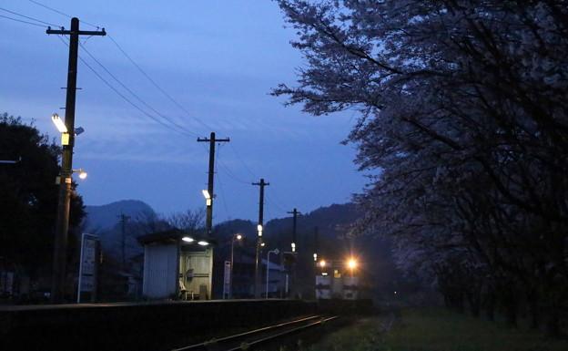 明けの一番列車
