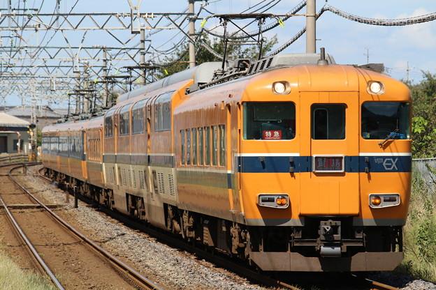 近鉄30000系V02+12200系NS52