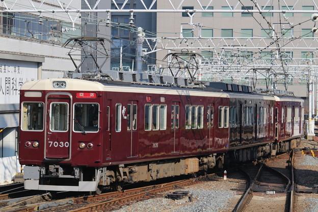 阪急7000系C#7030×2R+同C#7027×8R
