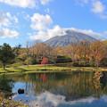 湧水池に映る羊蹄山IMG_9191a