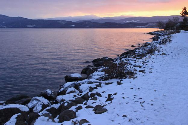 早朝の洞爺湖IMG_9862a