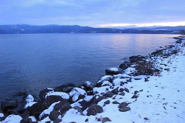 早朝の洞爺湖IMG_9831a
