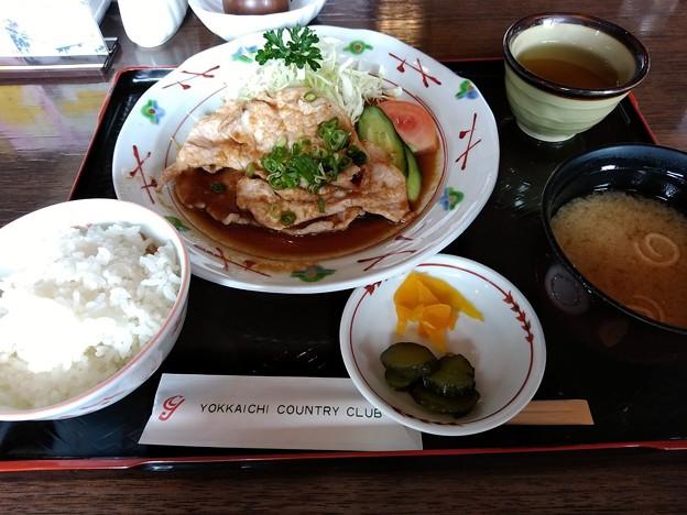 四日市カンツリー倶楽部 生姜焼き定食