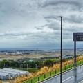 写真: 駿河湾沼津のSAから見た雨模様