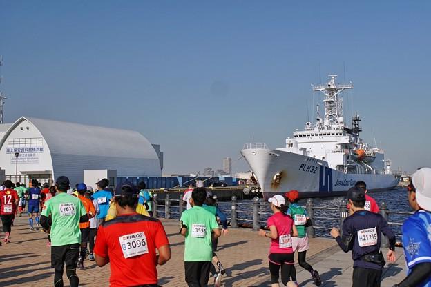 Photos: TON08265横浜マラソン2019