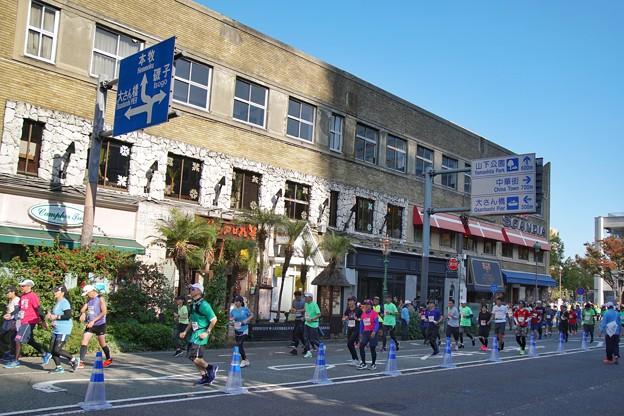 TON08277横浜マラソン2019