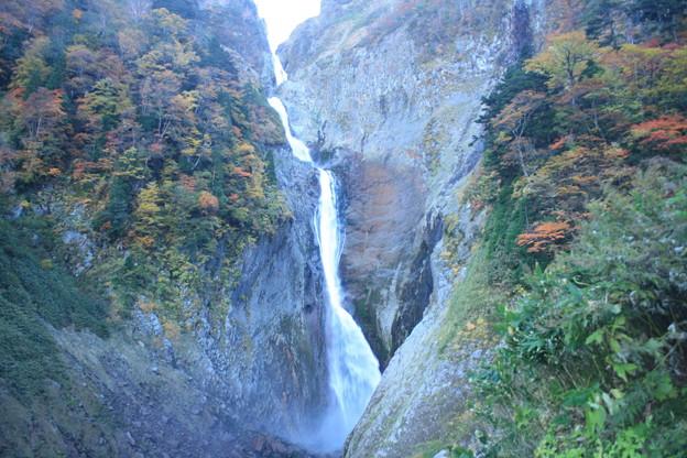 日本国 富山県 立山町 日本の滝100選 称名滝