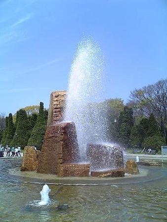 20090412 待ち合わせ場所の噴水