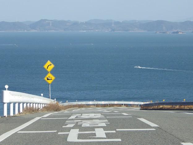 海沿いのカーヴ