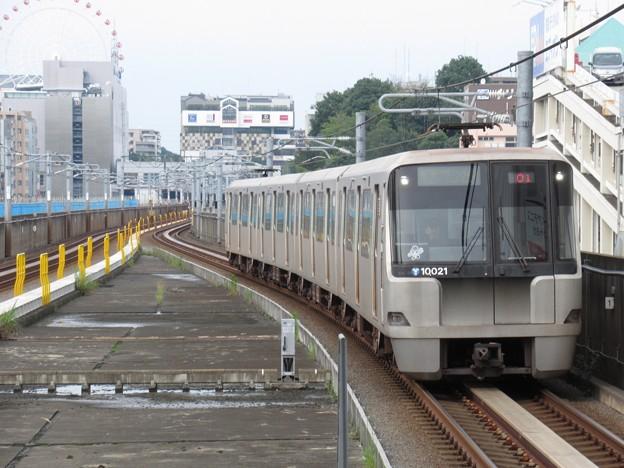 横浜市営グリーンライン10000形 10021F
