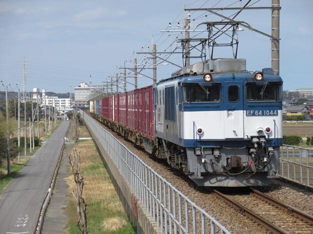 EF64 1044+コキ