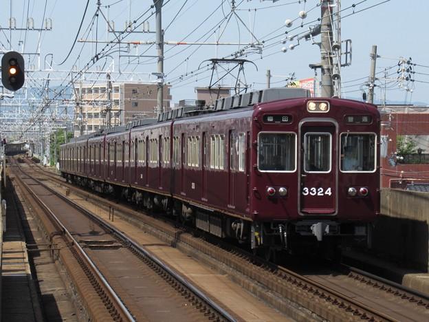 阪急京都線3300系 3324F