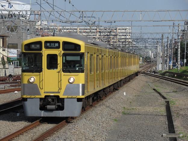 西武新宿線2000系 2051F