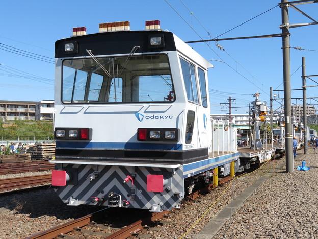 Photos: 保線車両 TMC2006-E