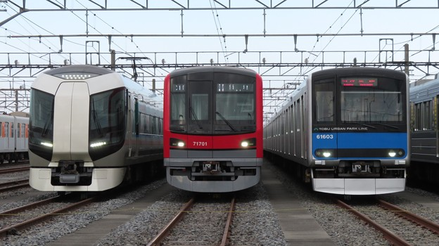 Photos: 東武502F・71701F・61603F 3並び