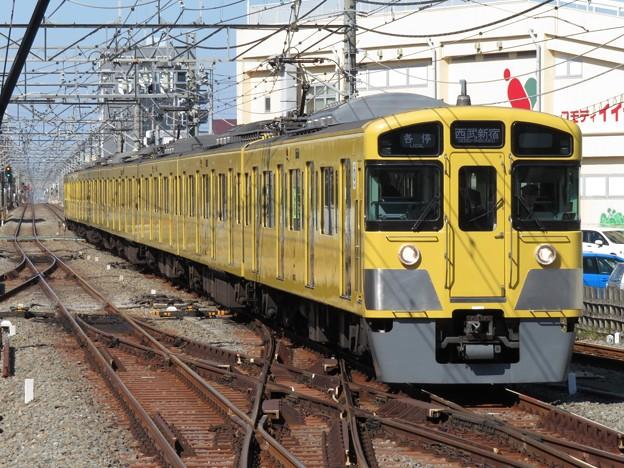Photos: 西武新宿線2000系 2065F