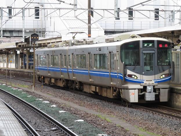 北陸線521系 J14編成