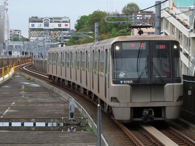 横浜市営グリーンライン10000形 10101F