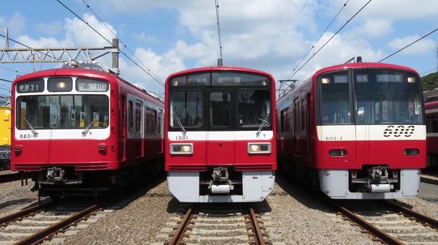 京急823F・1501F・601F 3並び