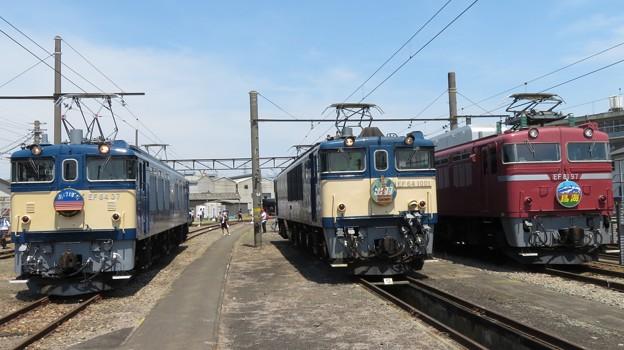 EF64 37・EF64 1001・EF81 97 3並び