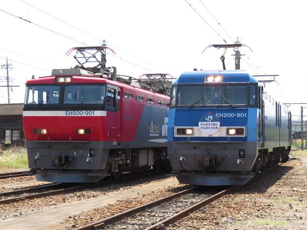 EH500-901・EH200-901 2並び