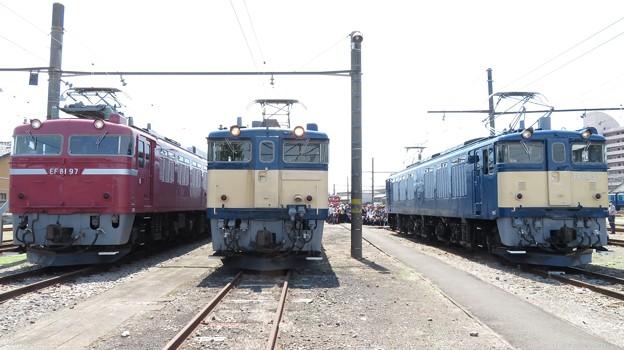 EF81 97・EF64 1001・EF64 37 3並び