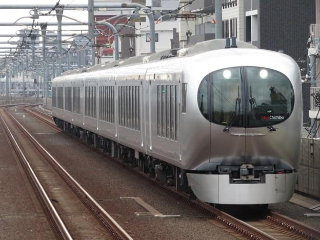 西武池袋線ラビュー001系 001-BF