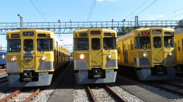 西武2403F・2003F・2417F 3並び