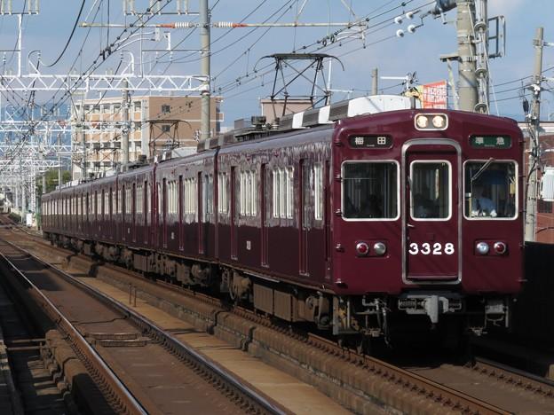阪急京都線3300系 3328F