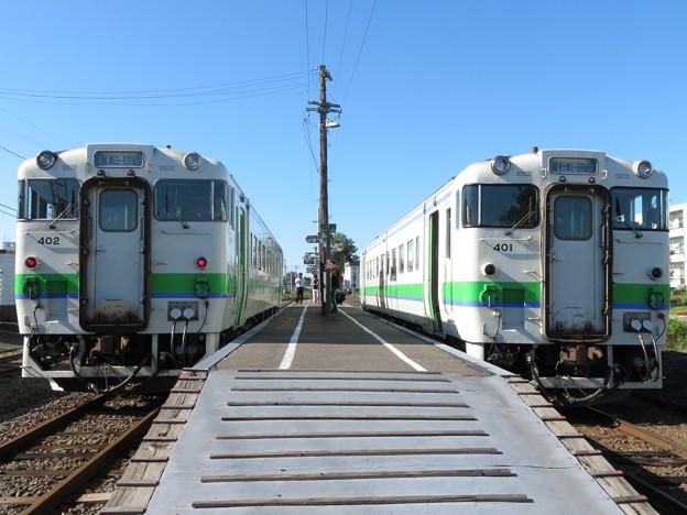 Photos: 札沼線キハ40 402・キハ40 401 2並び