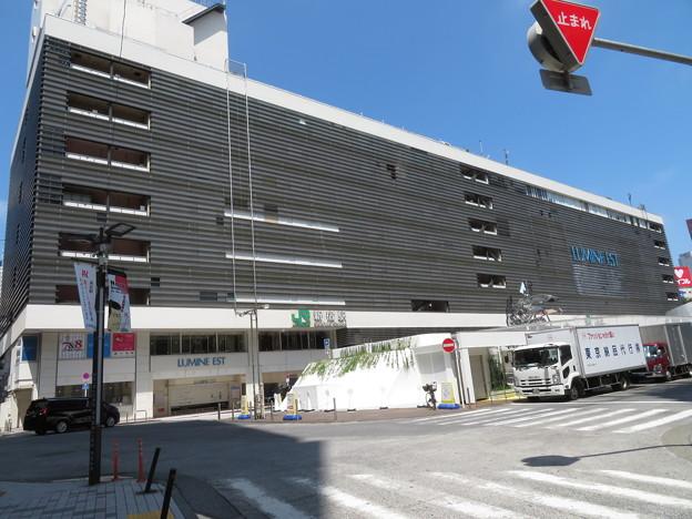 新宿駅 東口2