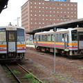 Photos: キハ120-330・キハ120-342 2並び