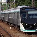 Photos: 田園都市線2020系 2136F