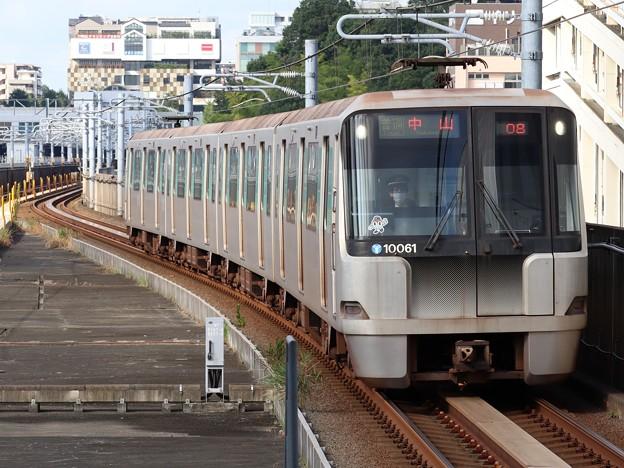 横浜市営グリーンライン10000形 10061F